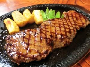 ライザップ糖質制限ー食事-ステーキ