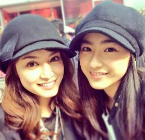 平愛梨と平祐奈-仲良し姉妹画像
