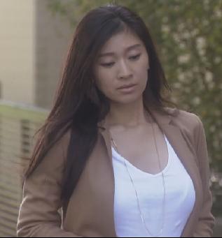 オトナ女子-篠原涼子-ファッションコーディネート-ネックレス画像