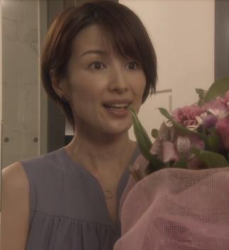 オトナ女子-吉瀬美智子-ヘアスタイル画像2