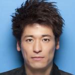 『ナオミとカナコ』ドラマで佐藤隆太がDV夫、中国人密航者の二役