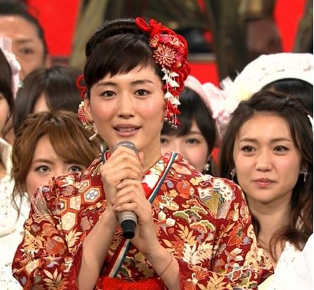 綾瀬はるか-紅白司会-衣装-着物-画像