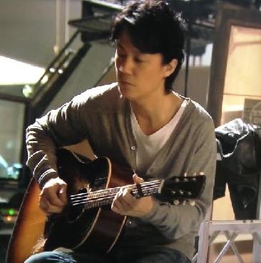 ドラマ「ラブソング」福山雅治-ギター-画像