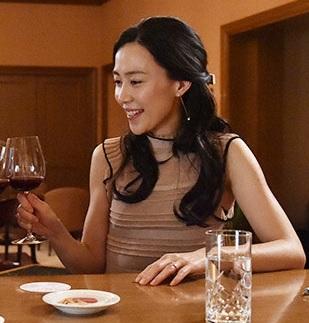 木村佳乃-ドラマ着用服-僕のヤバい妻