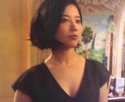 タラレバ娘」の吉高由里子着用アクセサリー画像