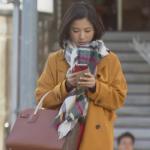 【吉高由里子のタラレバ衣装】マフラーやモコモコのファーがかわいい!